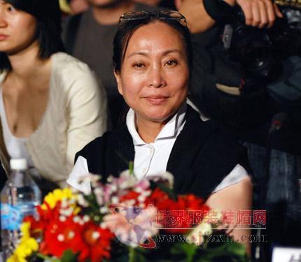 服装设计师吴海燕简介-世界服装鞋帽网-行业门户